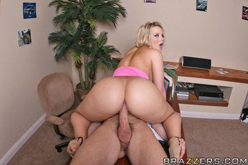 Nina hartley pro licking pussy - 4 4